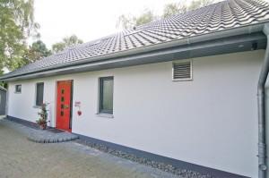 Einfamilienhaus in Holzrahmenbauweise mit Carport